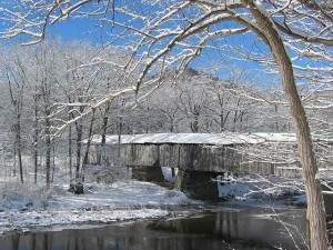 COVERED BRIDGE, VERMONT, RTE#30, JAN. '06 (BY FRED ABRAHAMS)