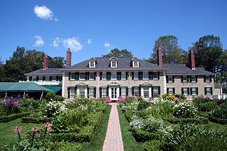 Photograph of Hildene mansion on the former estate of Robert Todd Lincoln in Manchester, Vermont. Photo by Rolf Müller.